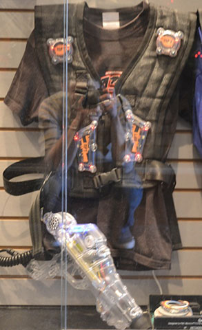Zone Laser Tag RIFT Vest and Phaser